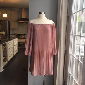 Delfi pink pleated dress